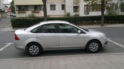Sofer nefumator cu masina. Non smoker driver with car foto