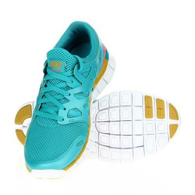 Adidasi Femei Nike Wmns Free Run Ext 536746303 foto