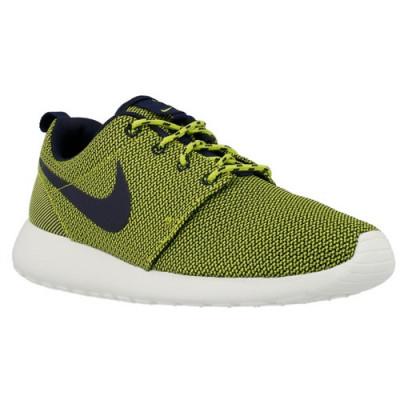Adidasi Femei Nike Rosherun 511882304 foto