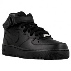 Adidasi Femei Nike Wmns Air Force 1 Mid 07 LE 366731001