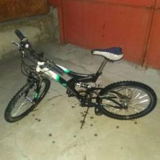 Vând bicicleta dhs Matrix 2011 - Bicicleta BMX, 21 inch, 26 inch, Numar viteze: 18