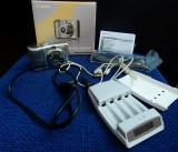 Aparat foto Canon Power Shot A1100 IS + incarcator pentru acumulatori