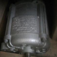 Motor, caracteristici inscrise