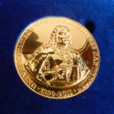 Medalie Universitatea Dimitrie CANTEMIR, noua aurita ,  2010, cutia originala