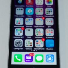 Vand iPhone SE 64GB IMPECABIL, GARANTIE, Space Grey, neverlocked, pachet complet, Gri, 2 GB, Apple