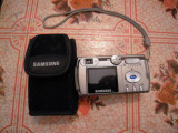 Camera foto digitala Samsung Digimax 401, husa si card SD 1GB, stare foarte BUNA
