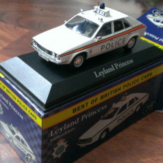 Macheta Leyland Princess 2 Politia UK - noua, Atlas 1/43