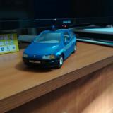 Macheta auto Fiat Punto scara 1:24, Burago