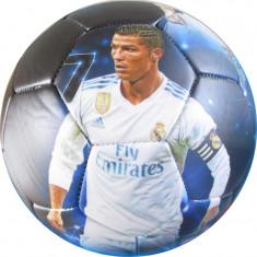 Minge de fotbal Cristiano Ronaldo si echipa FC Real Madrid