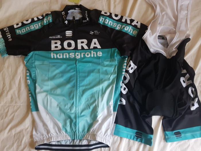 Echipament ciclism Bora Hansgrohe 2018 set pantaloni bretele tricou costum Nou