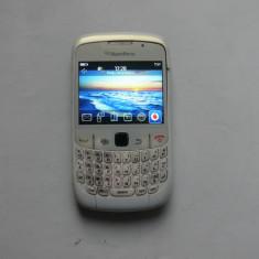BlackBerry Curve White 8520, blocat in reteaua Vodafone