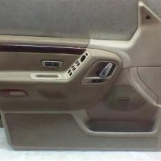 Fata usa stanga fata Jeep Grand Cherokee Gold An 1998-2004