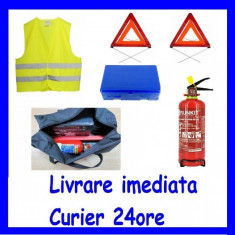 Kit Siguranta 1x Trusa Sanitara 2x Triunghi 1x Stingator 1xVesta + GEANTA CADOU