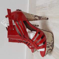 Sandale piele noi Buffalo London, 38, Rosu
