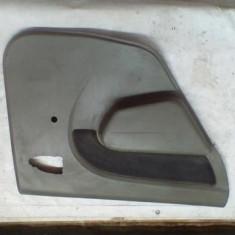 Fata usa stanga spate Dacia Logan An 2004-2008 cod 8200295617 ST20671