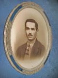 Oglinda rombica aurie veche cu rama lata anii 1900.