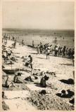 Vederi ( Carti  postale) -Vasile  Roaita - Pe  plaja / Plaja, Circulata, Fotografie, Eforie