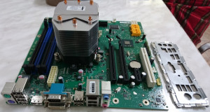 Kit Fujitsu D3062 A13 GS 1+ i5 2500 3.3Ghz to 3.7Ghz 1155  +8Gb Rami