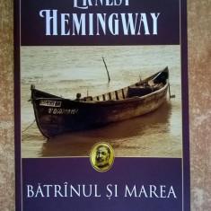 Ernest Hemingway - Batranul si marea {Polirom}