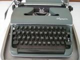 Masina de scris OLYMPIA+banda noua de scris