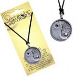 Colier din șnur și pandantiv metalic yin yang