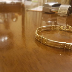 Bratara aur 14k barbati