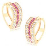 Cercei rotunzi realizaţi din aur galben de 14K - linii ondulate din zirconii transparente şi roz
