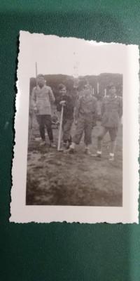 BF - 103 - FOTOGRAFIE FOARTE VECHE - MILITARI - ANII 1940 foto