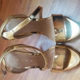 Sandale Zara mărimea 36 noi, nepurtate, Auriu