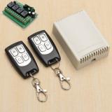 Releu programabil cu telecomanda 4 canal 20A 12V 315Mhz cu 2 telecomenzi