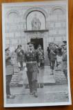 Foto de epoca ; Regele Mihai , Generalul Antonescu si alti ofiteri superiori