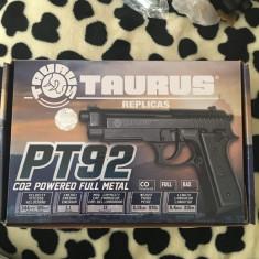 Pistol airsoft Bereta pt92 Full Metal