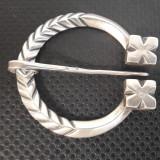 Fibula de argint