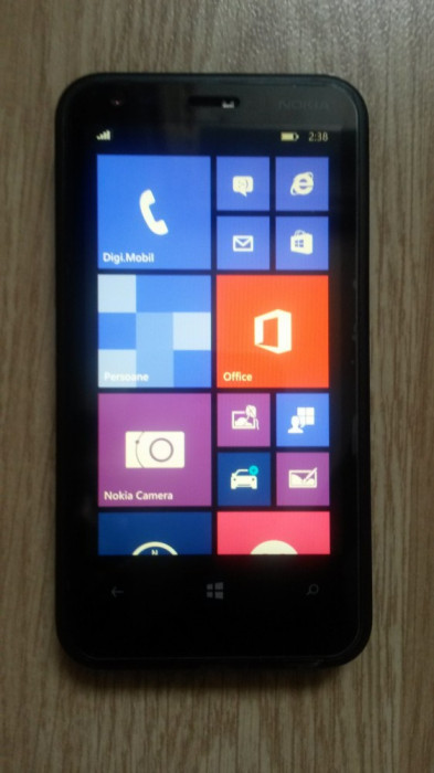 Nokia Lumia 620 - 8 GB - Windows 8.1 RO - liber la reţea