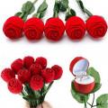 CUTIE cutiuta pentru INEL LOGODNA cercei in forma de TRANDAFIR trandafiri pret