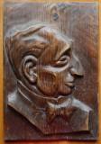 Dr. Lupu ; Sculptura interbelica in lemn de Ioan Sarghie , semnata , 1932