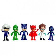 Set 6 figurine + 3 accesorii Eroi in pijamale
