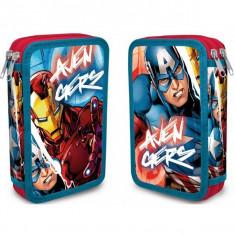 Penar echipat cu trei niveluri Capitanul America si Iron Man Avengers