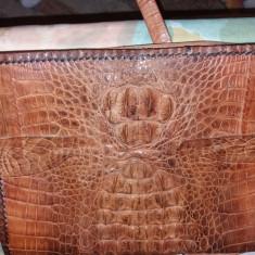 Geanta din piele de crocodil, lucrata manual., Coniac, Medie