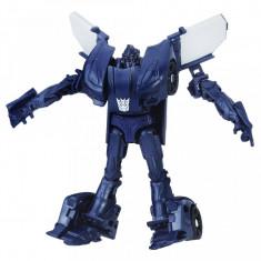 Figurina robot Barricade Legion Class Transformers The Last Knight