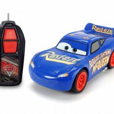 Masinuta cu telecomanda Fabulosul Fulger McQueen Disney Cars 3