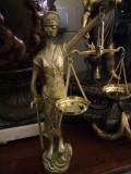 Sculptura,statueta din bronz masiv Justiția