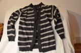Pulover dama din lana 70% mar. S/M / Plover dama lana, Din imagine