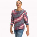 Pulover Tommy Hilfiger  L-XL Relaxed Fit, La baza gatului, Bumbac