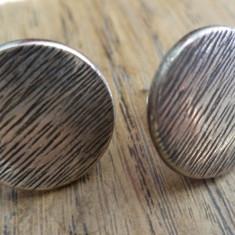 Cercei fluture/cheita/surub cromati cu cabochon metal argintiu antic