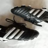 Crampoane fotbal piele naturala Adidas Adinova; marime 38; impecabili, ca noi, Barbati