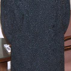 mantou damă, din astrahan