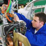 Fabrica de cablaje auto, PilotOn