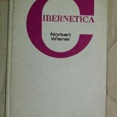 Cibernetica sau stiinta comenzii si comunicarii.../ Norbert Wiener