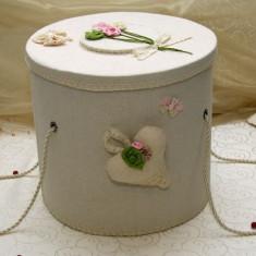 Trusou botez si cutie decorata cu inimioare floricele TR21L-C